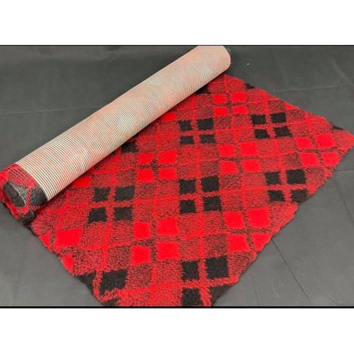 Professional Quality Vet Bedding, Red/black tartan